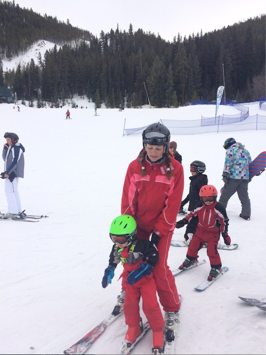Having Fun while Skiing with Kids